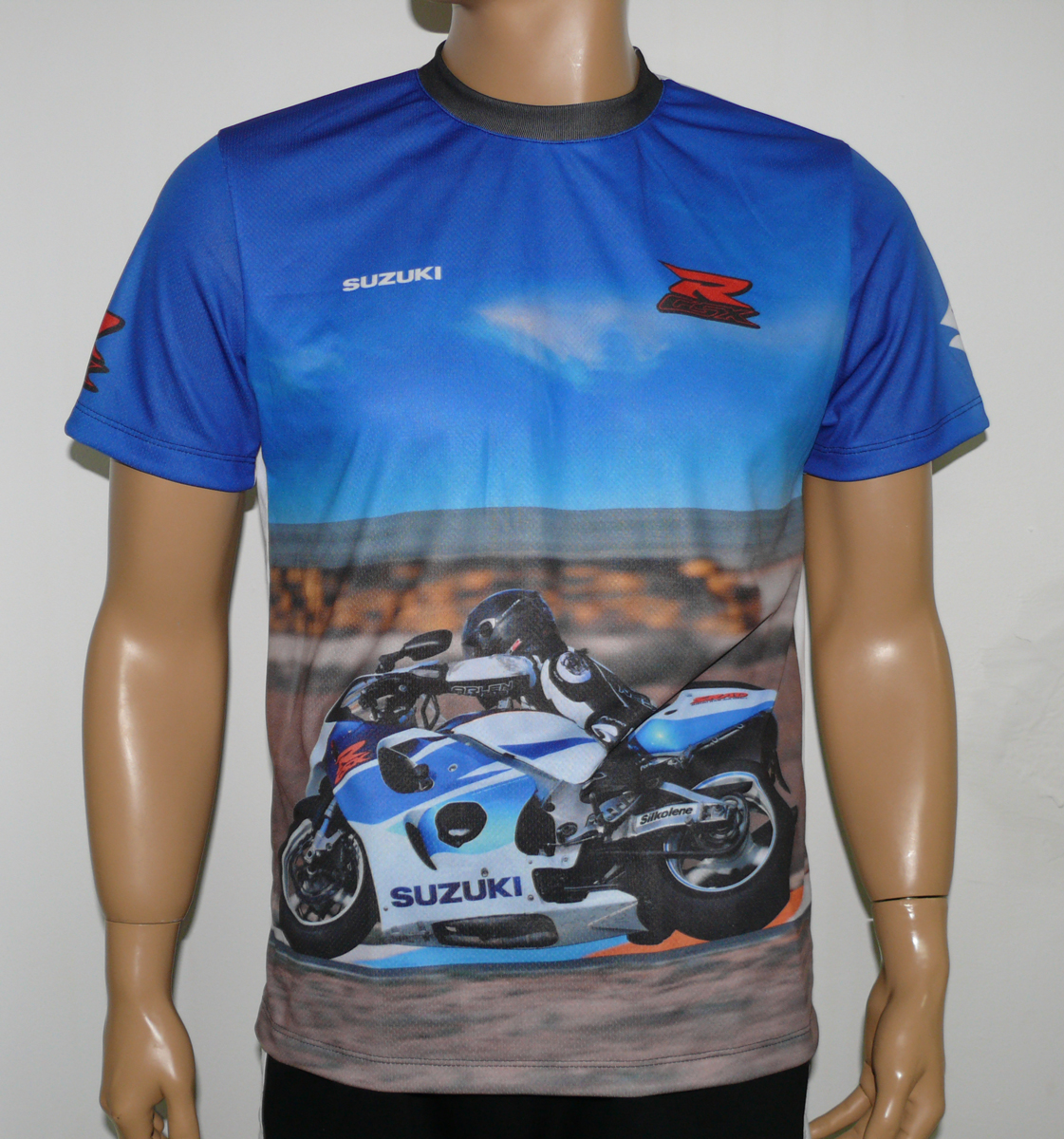 suzuki srad t-shirt with logo and all-over printed picture - t